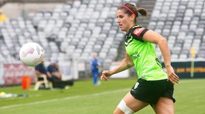 Canberra United lose Caitlin Munoz to ACL, gain returning Stephanie Ochs