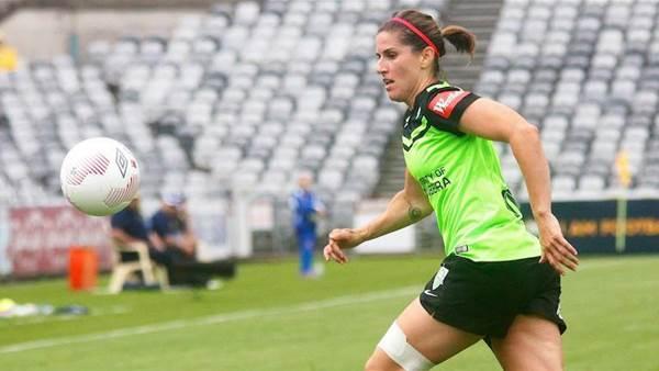 Canberra United lose Caitlin Munoz to ACL, gain returning Stephanie Ochs