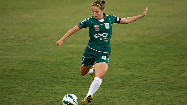 Ellie Brush back for ninth season as Canberra add more players