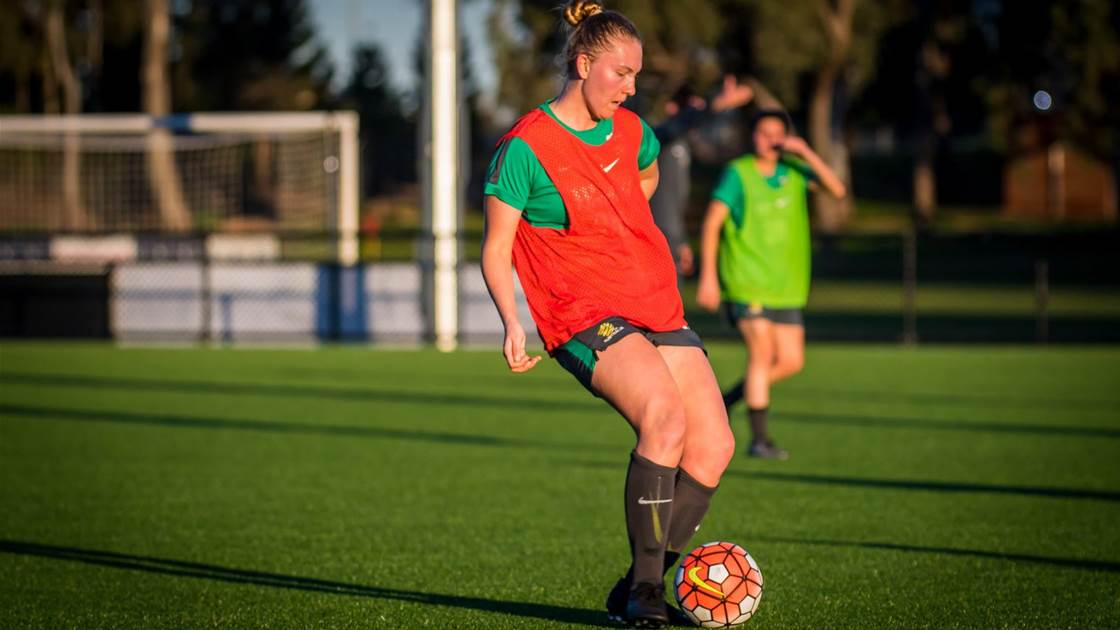 Canberra United sign Academy trio for Season 9