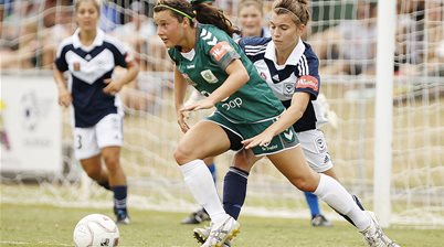 Hayley Raso heads back to Canberra United