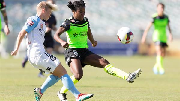 Melbourne City move to the top after tight Canberra United tussle