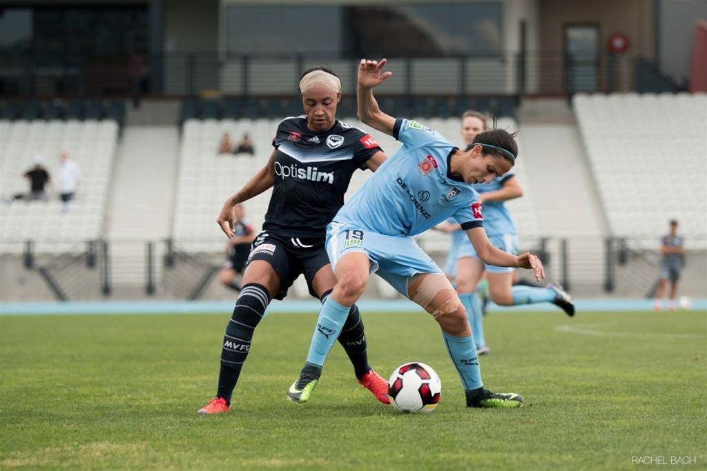 Sydney FC gain points on the road against Melbourne Victory