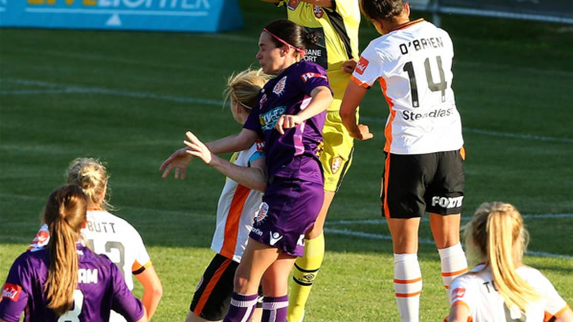 Keepers comes out on top as Perth Glory and Brisbane Roar remain unbeaten