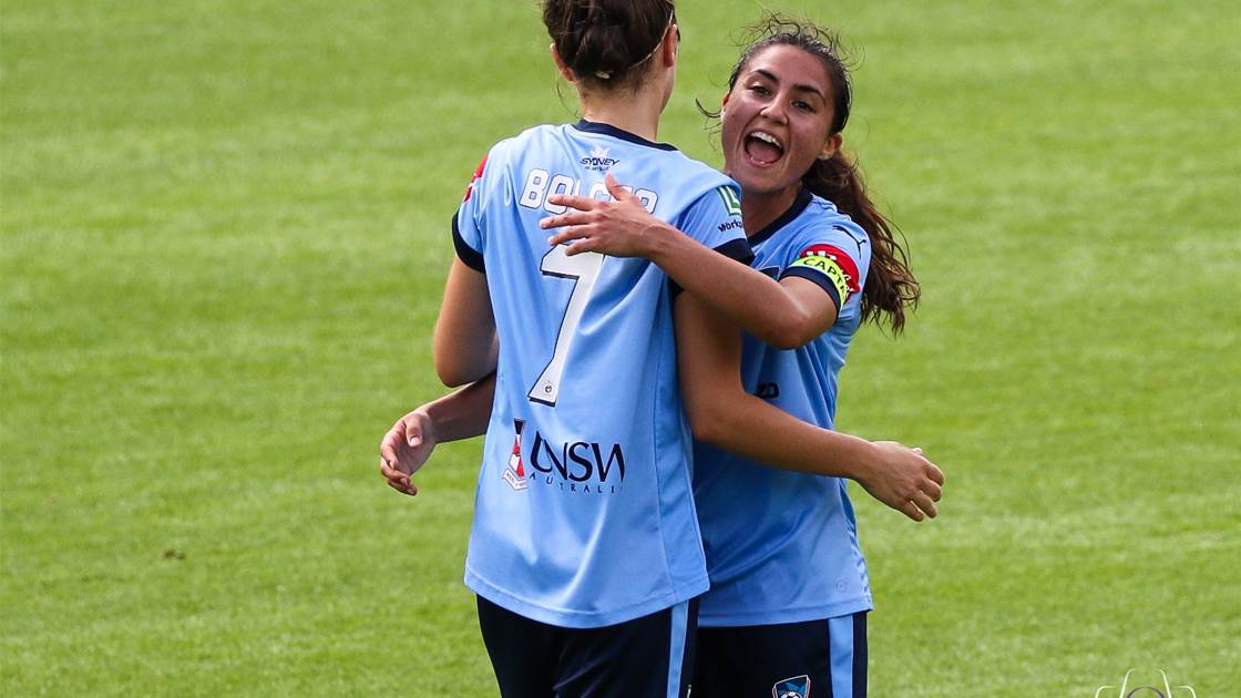 Sydney FC fires warning shot with win over Canberra United
