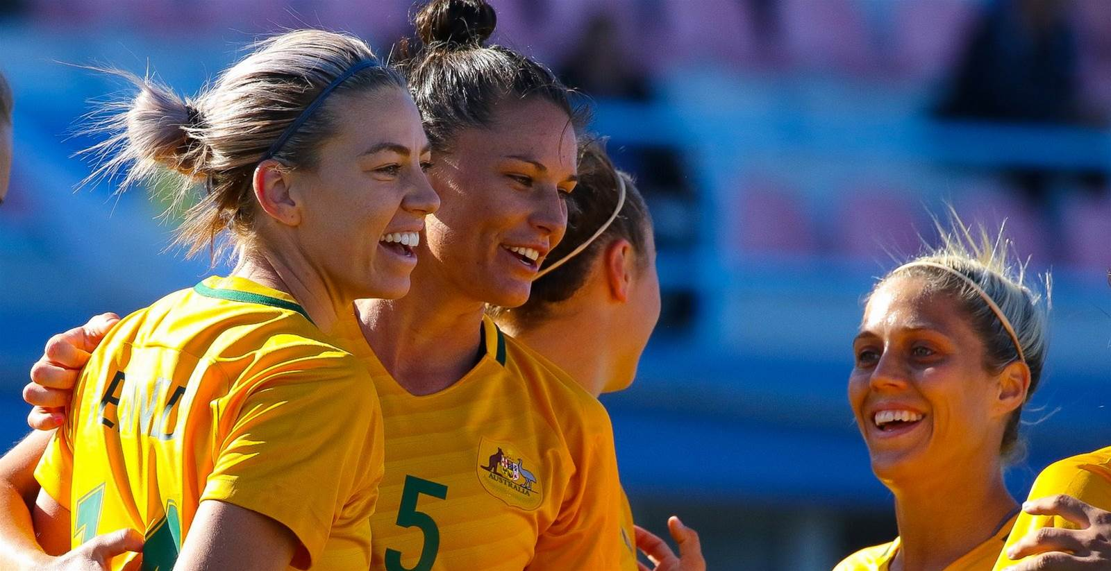 Gielnik brace fires Australia to Algarve Cup win over Netherlands