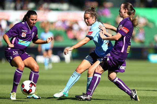 Nicola Bolger and Marianna Tabain head west to Perth Glory