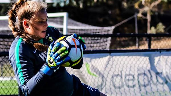 Casey Dumont joins Beth Mason-Jones as Melbourne Victory 'keepers