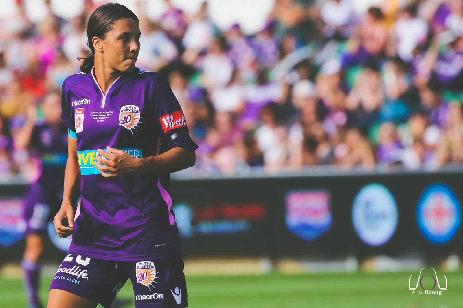 Kerr joins Red Stars