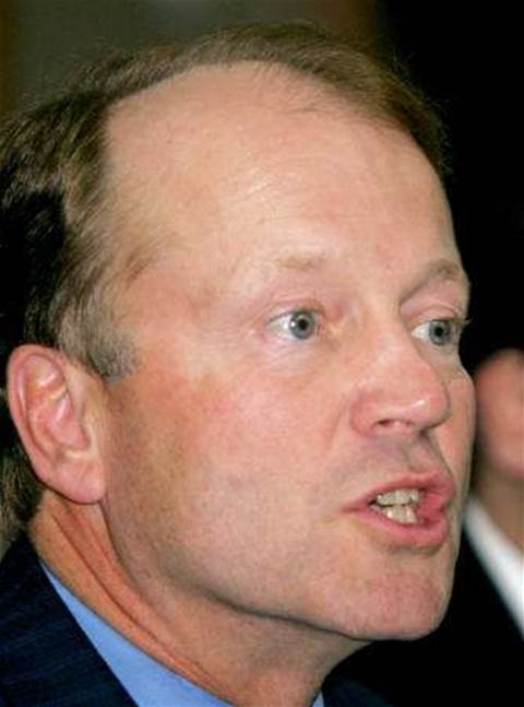 Cisco to invest US$1.1 bln in India, triple staff