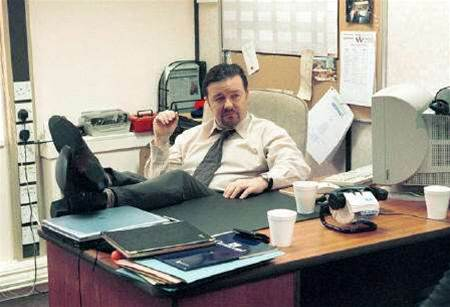 """Office"" star Gervais tops charts with podcast"