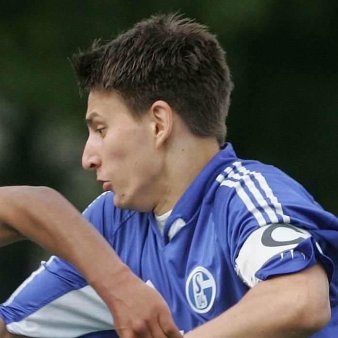 Schalke Star Heads For Fury