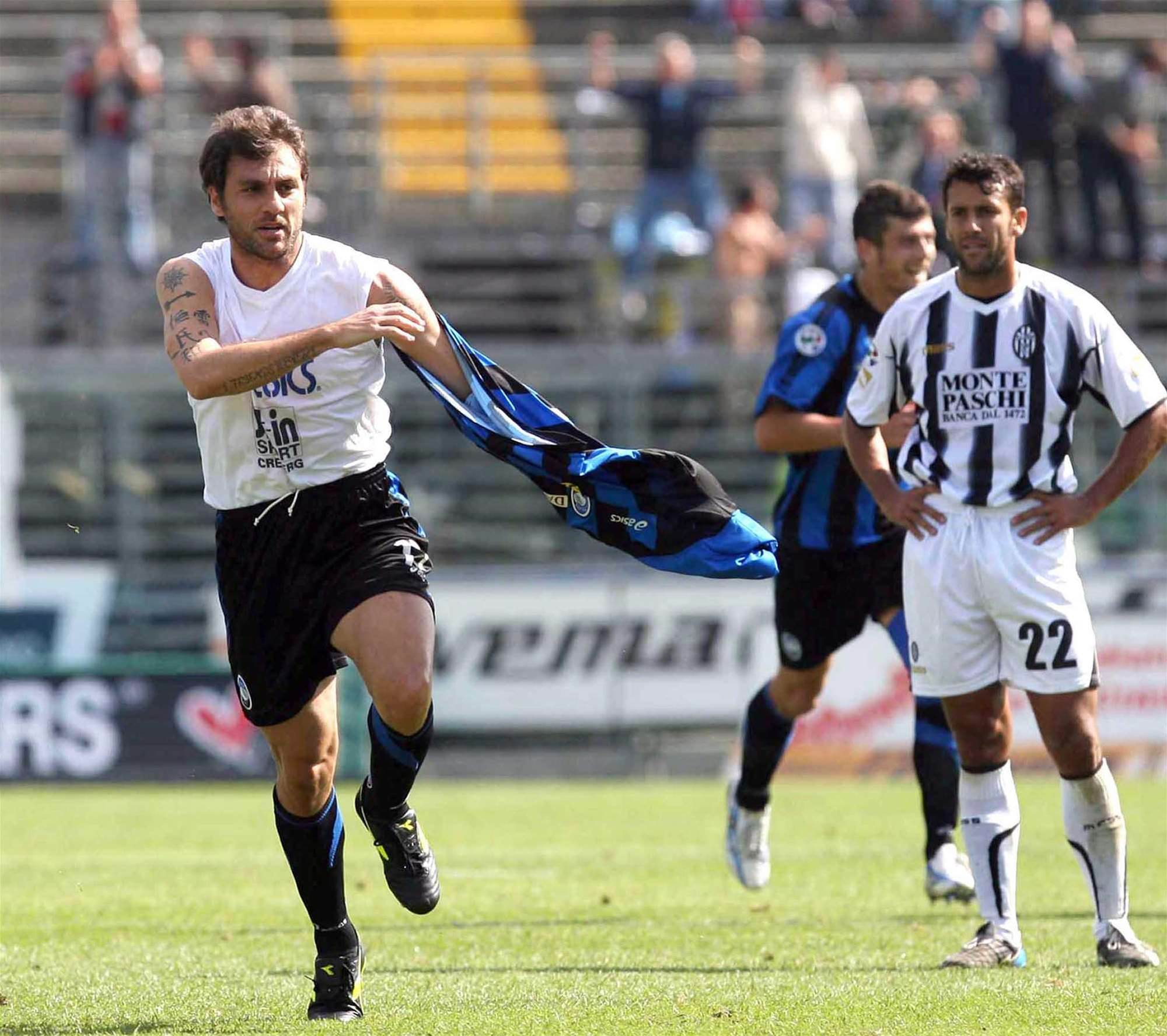 Vieri Scores Wonder Goal For Atalanta