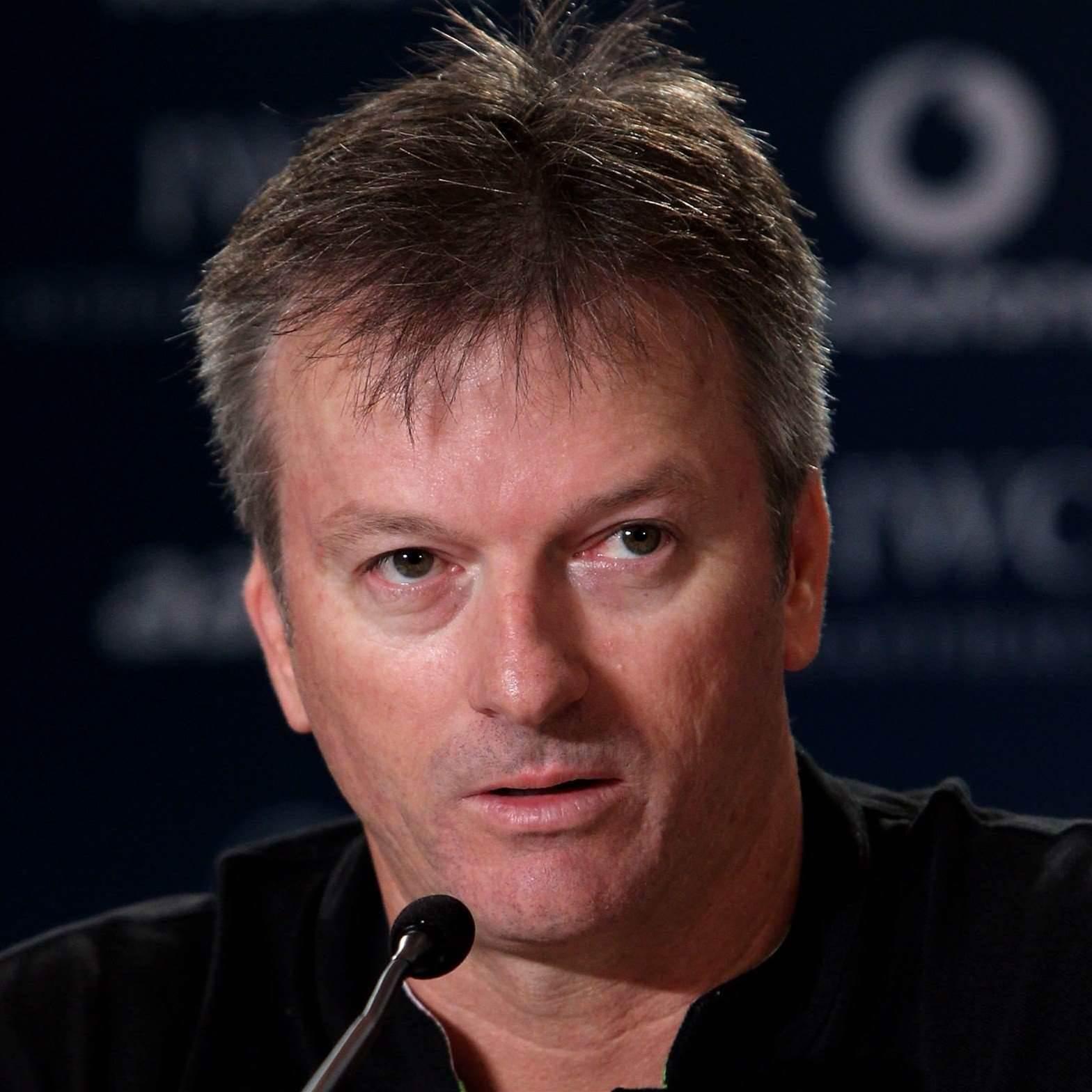 Waugh Backs Oz Cup Bid