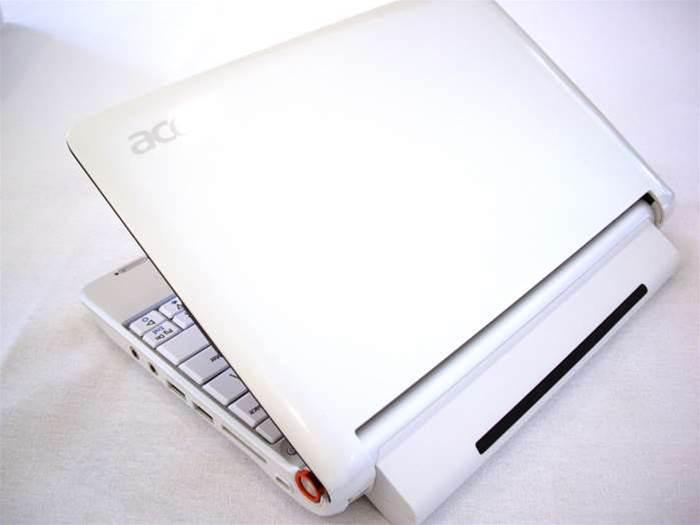 Microsoft still in race for Australian school laptops: VIC