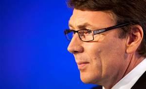 Telstra hurt by spiralling PSTN revenue