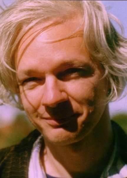 Report: US hunts Wikileaks founder