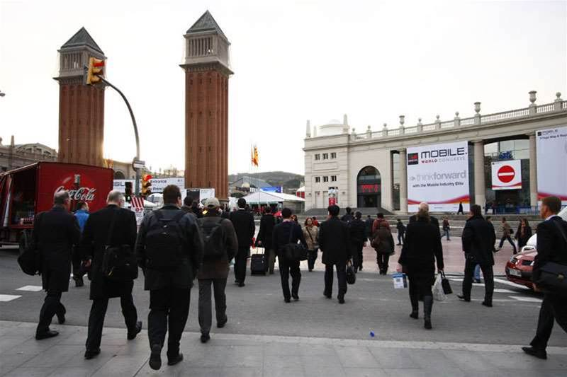 mwc-sol-faces-off-against-google-and-skype