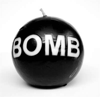 Man fined $1650 for Twitter 'bomb threat'