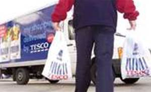 Tesco to develop iPhone shopping application