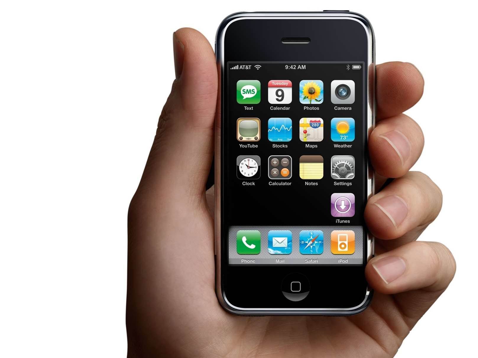 iPhone users consume six times more data: report