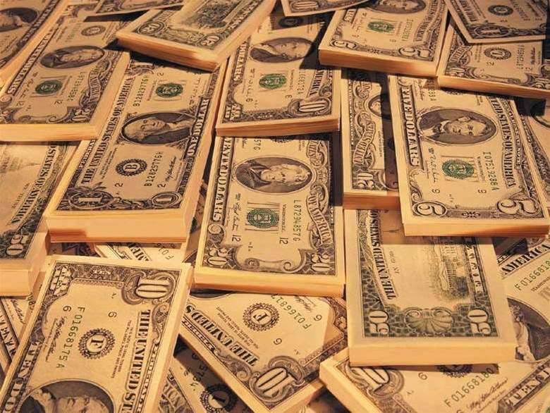 IBM not fazed by weak US dollar