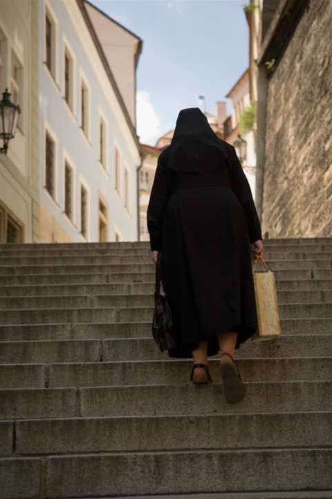 Surfing nuns break vow of silence