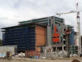 NEC buys private fibre links to Polaris data centre