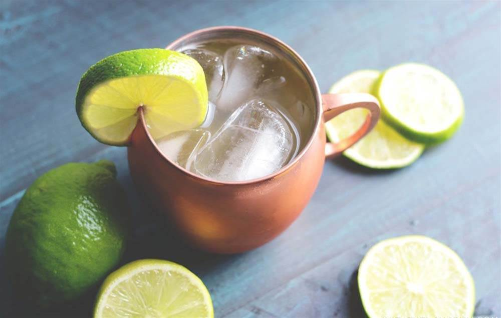 7 Low-Sugar Cocktails That Don't Use Any Artificial Sweeteners