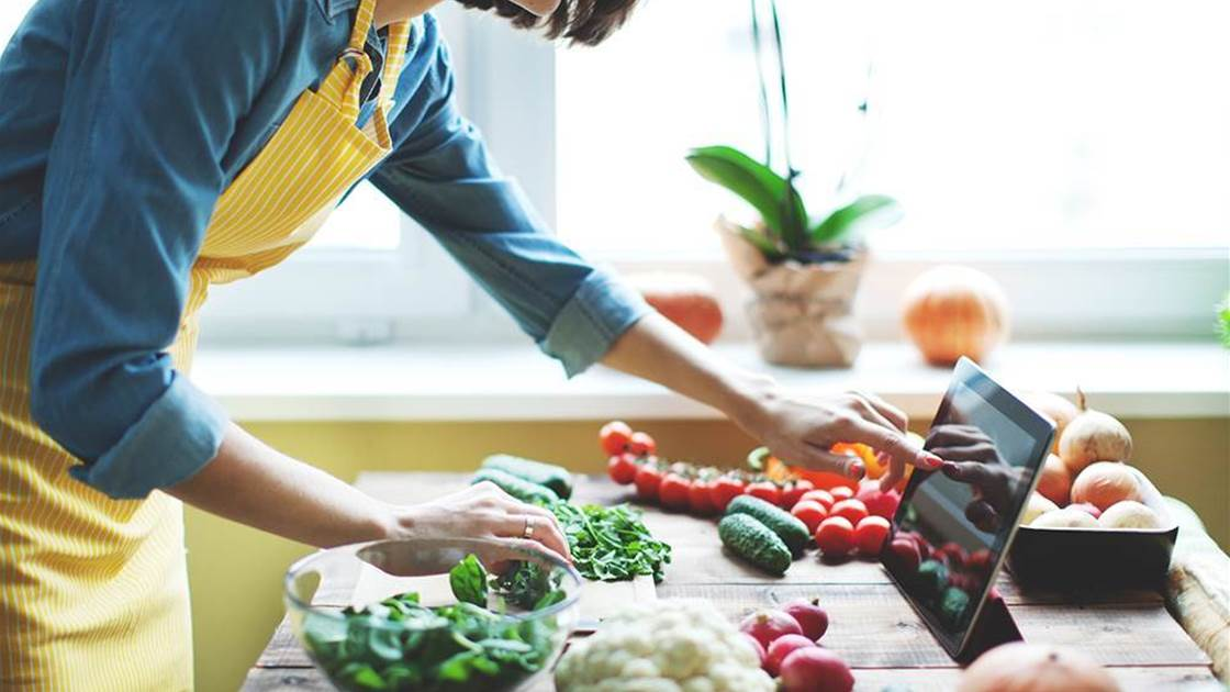 Here's Why Cooking Meals At Home Helps You Lose Weight