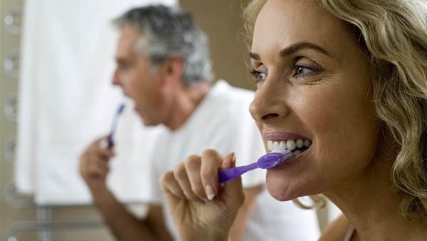 10 Sneaky Signs Of Gum Disease