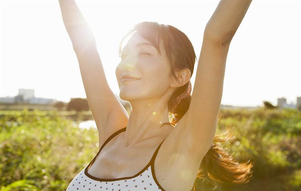 8 Tricks To Boost Your Energy In 5 Minutes Or Less