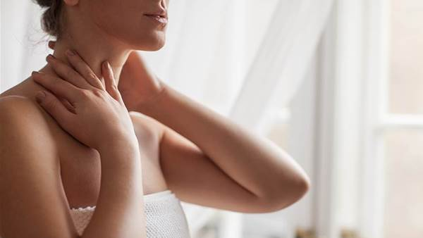 How To Reverse 6 Major Signs Of Neck Ageing