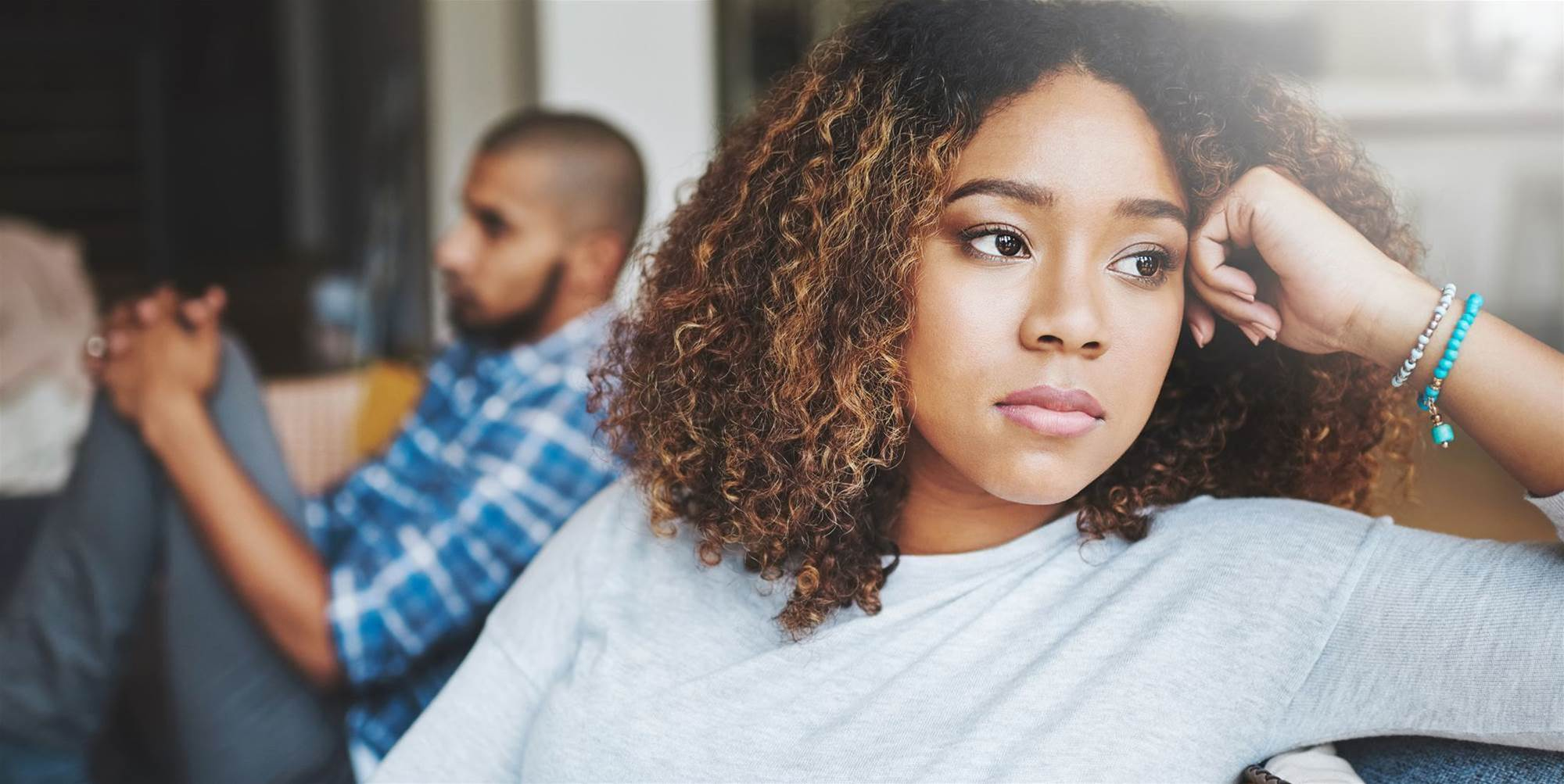 11 Warning Signs Your Relationship Is Completely Toxic
