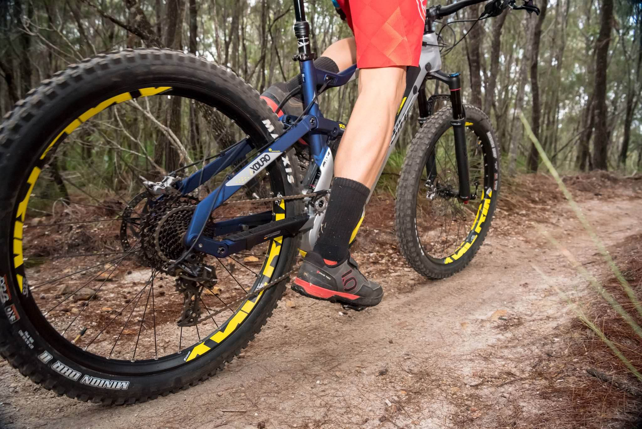 3543a05a378 Sporting 150mm of travel front and rear with plus size tyres this is big  bike. Thinking back to other bikes of this size I have tested the addition  of pedal ...