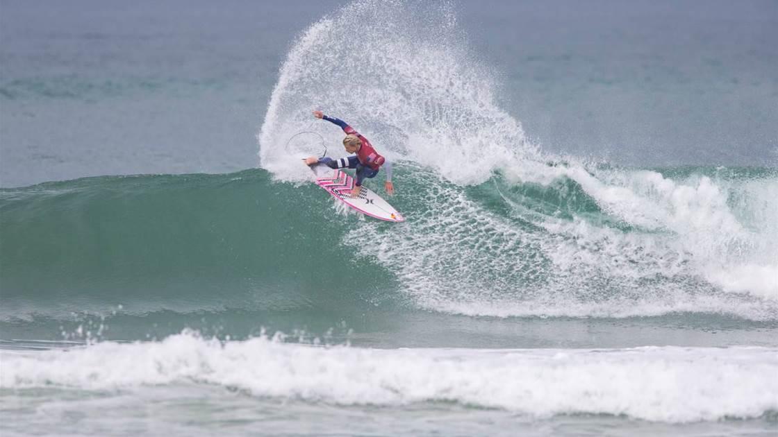 efc78e035d Quiksilver Pro France – Surfing is Magic - Tracks Magazine - The ...