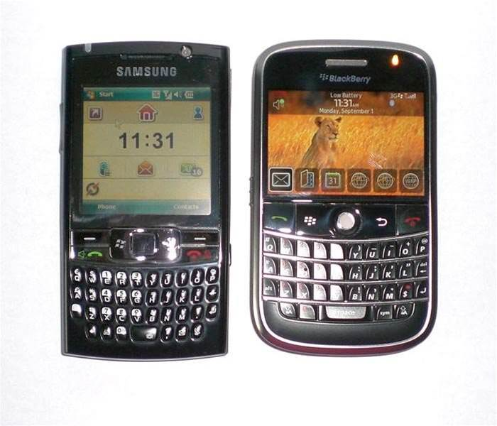 First Look: Samsung i780 vs Blackberry Bold