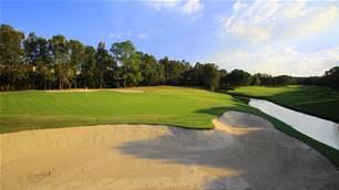 REVIEW: Sanctuary Cove Golf & Country Club