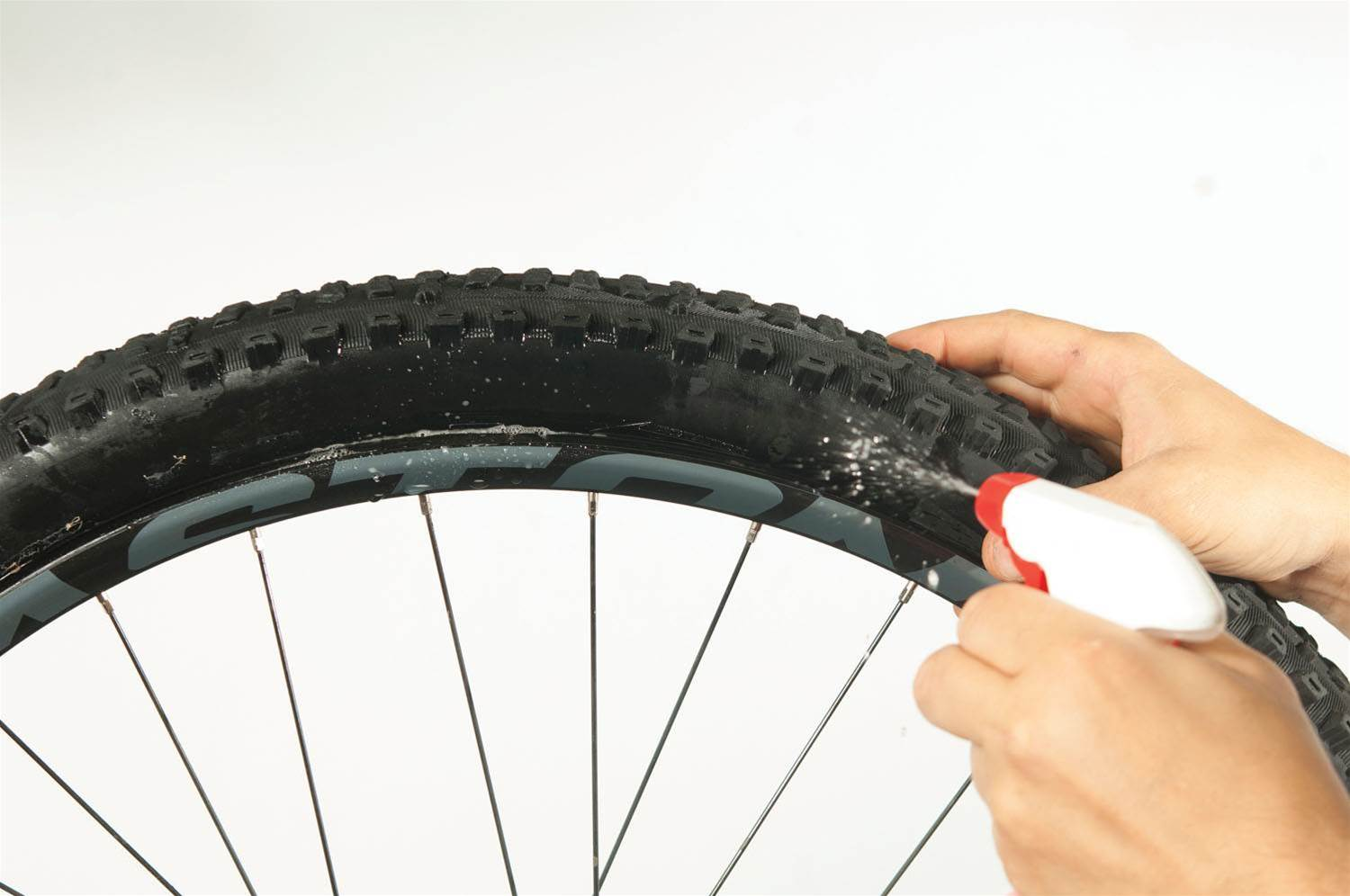 Tips and tricks for tubeless setup