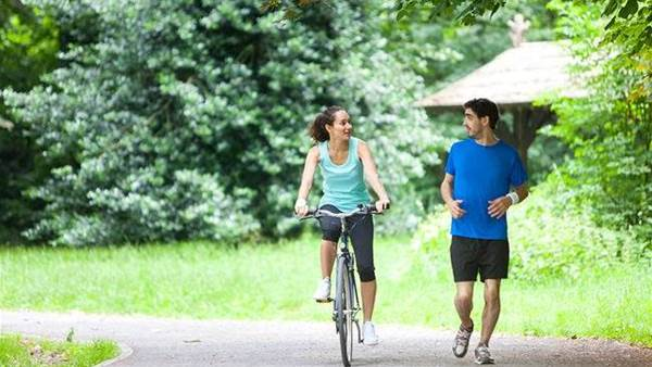 7 reasons why cycling is better than running