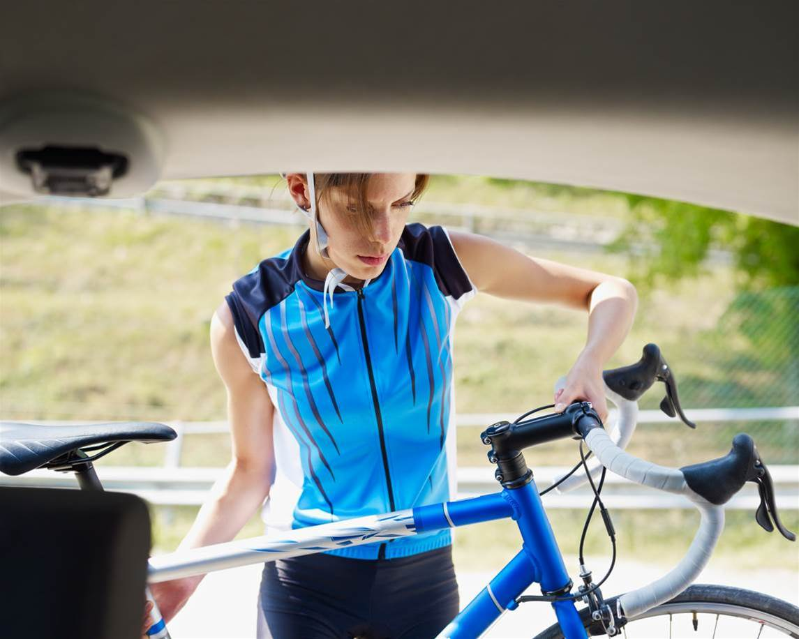 8 things cyclists should never leave in a hot car