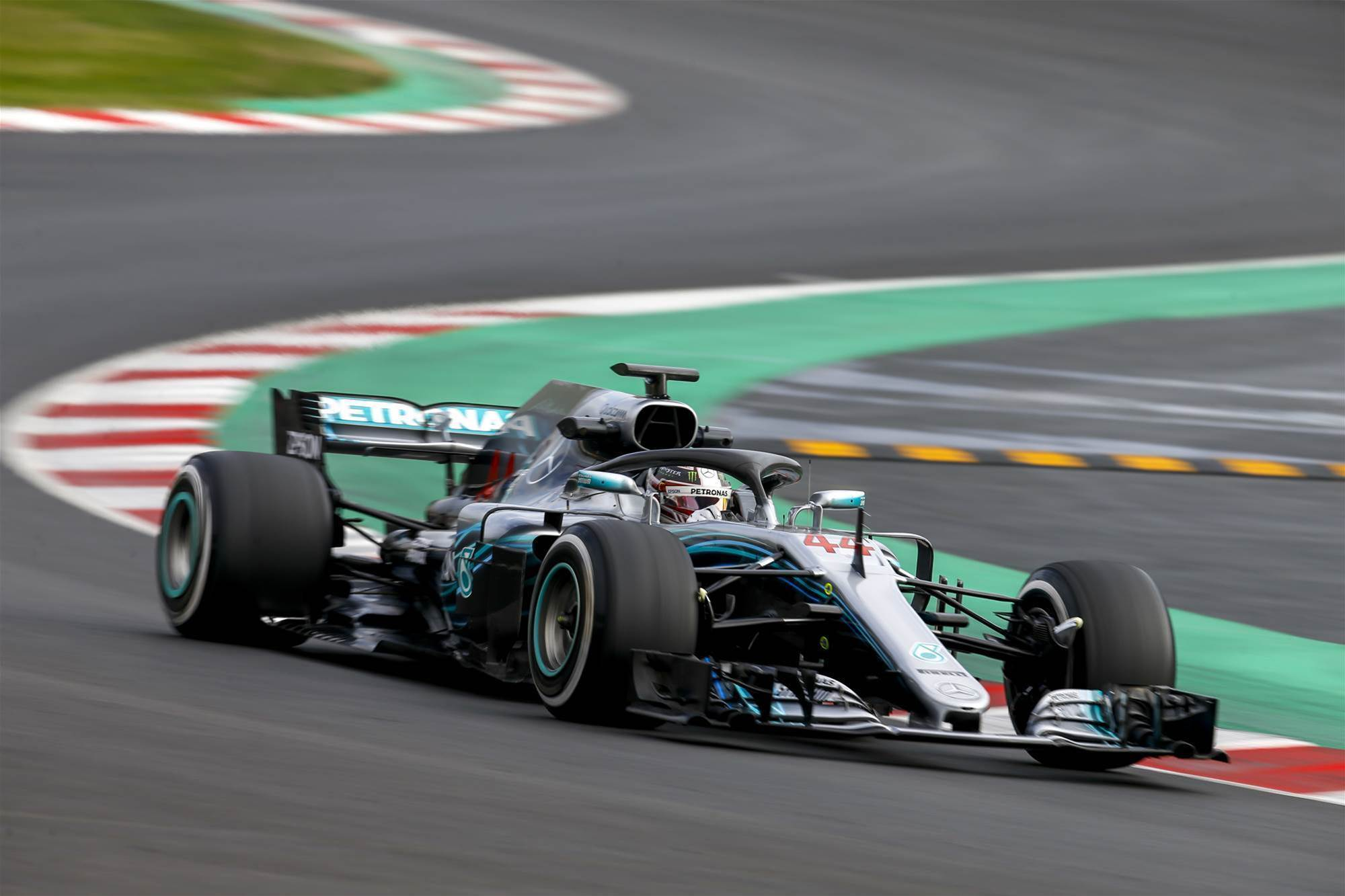 Lewis tops final day of opening F1 test
