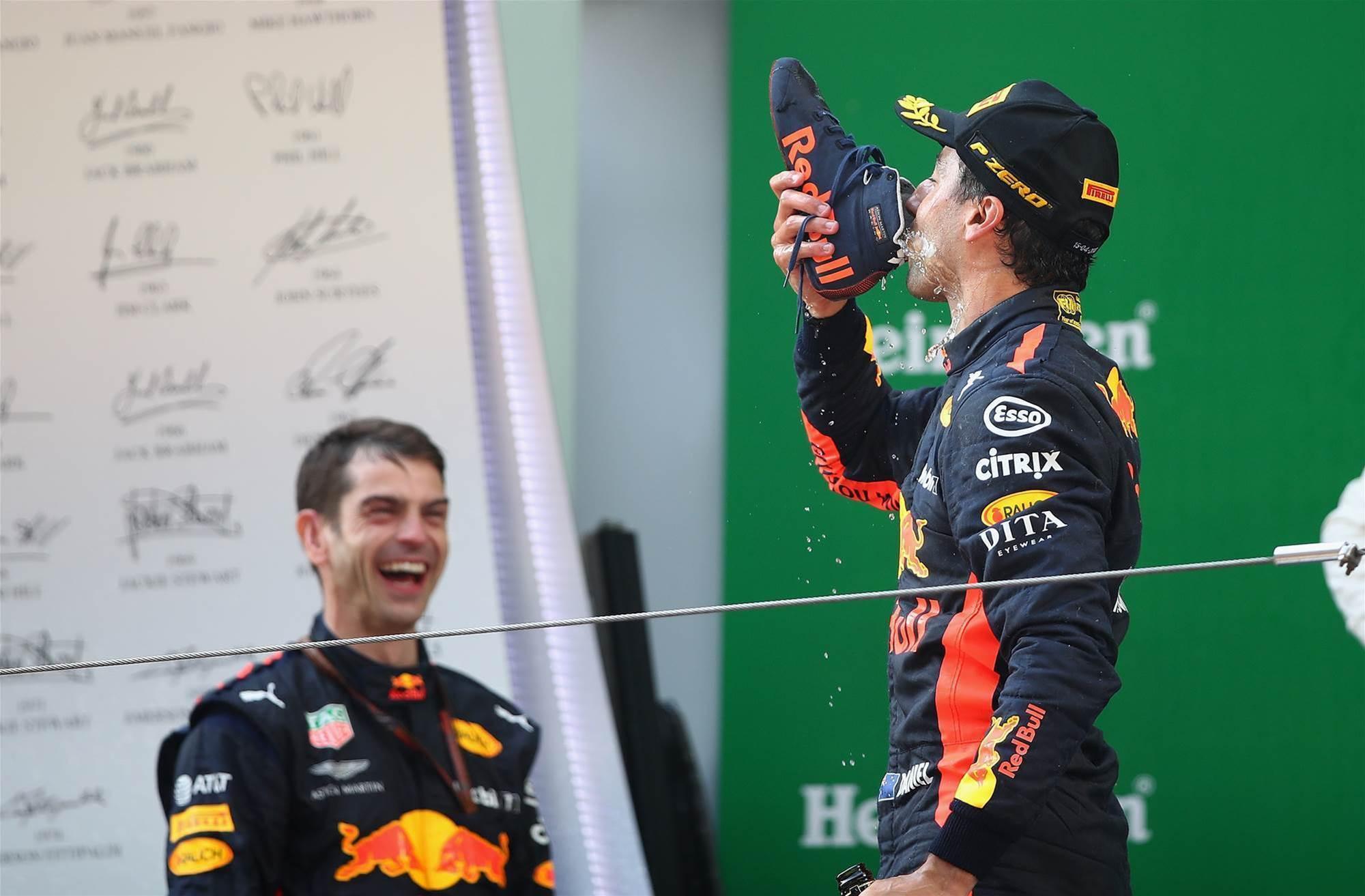 Rampant Ricciardo and Red Bull run riot in Chinese GP