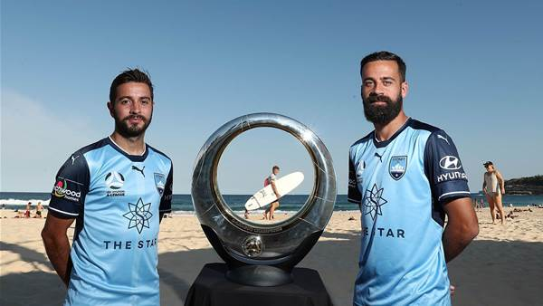 Pic special: Sky Blues & 'toilet seat' at Bondi Beach