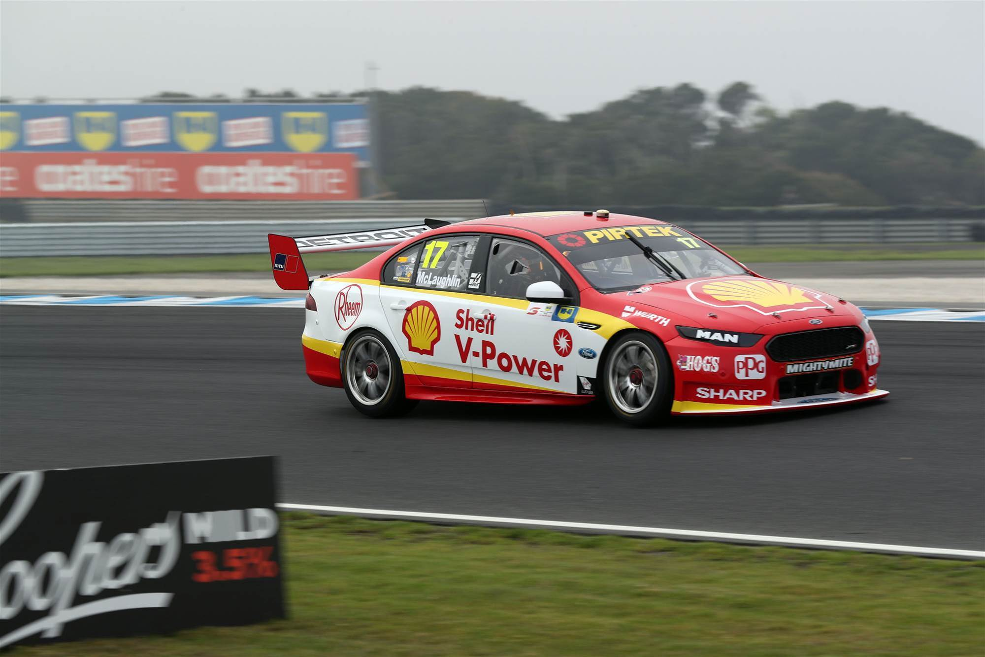 Pic Gallery: Phillip Island Supercars