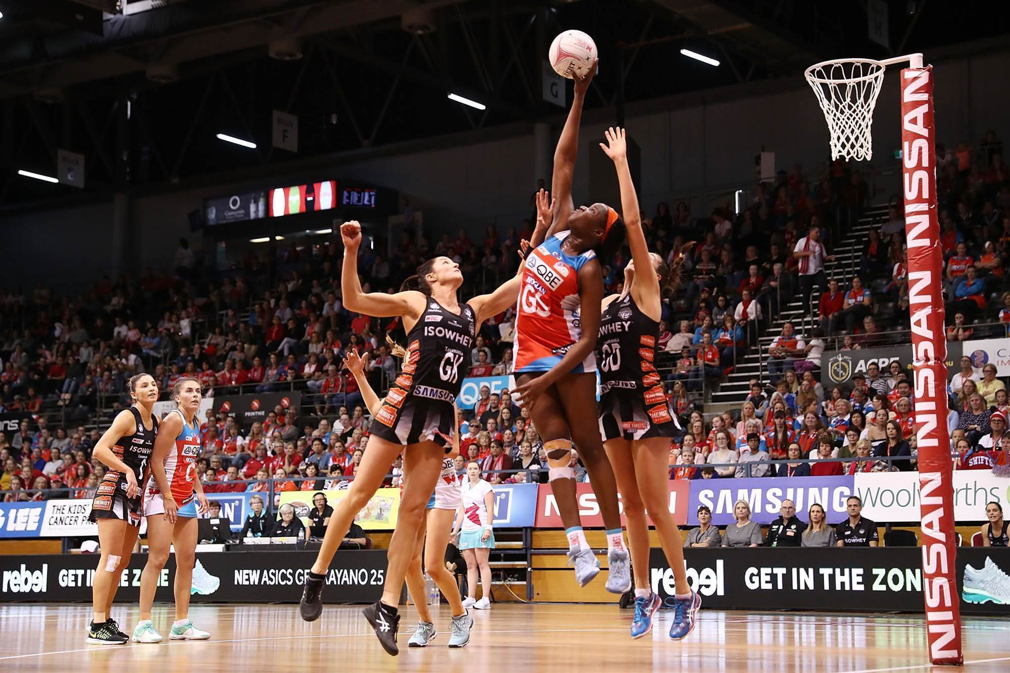 Super Netball pic special: Battles in round 4