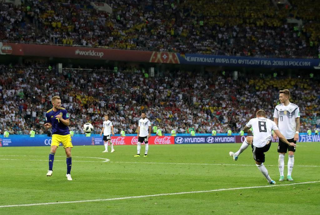 Pic special: Germany leave it late to edge past Sweden