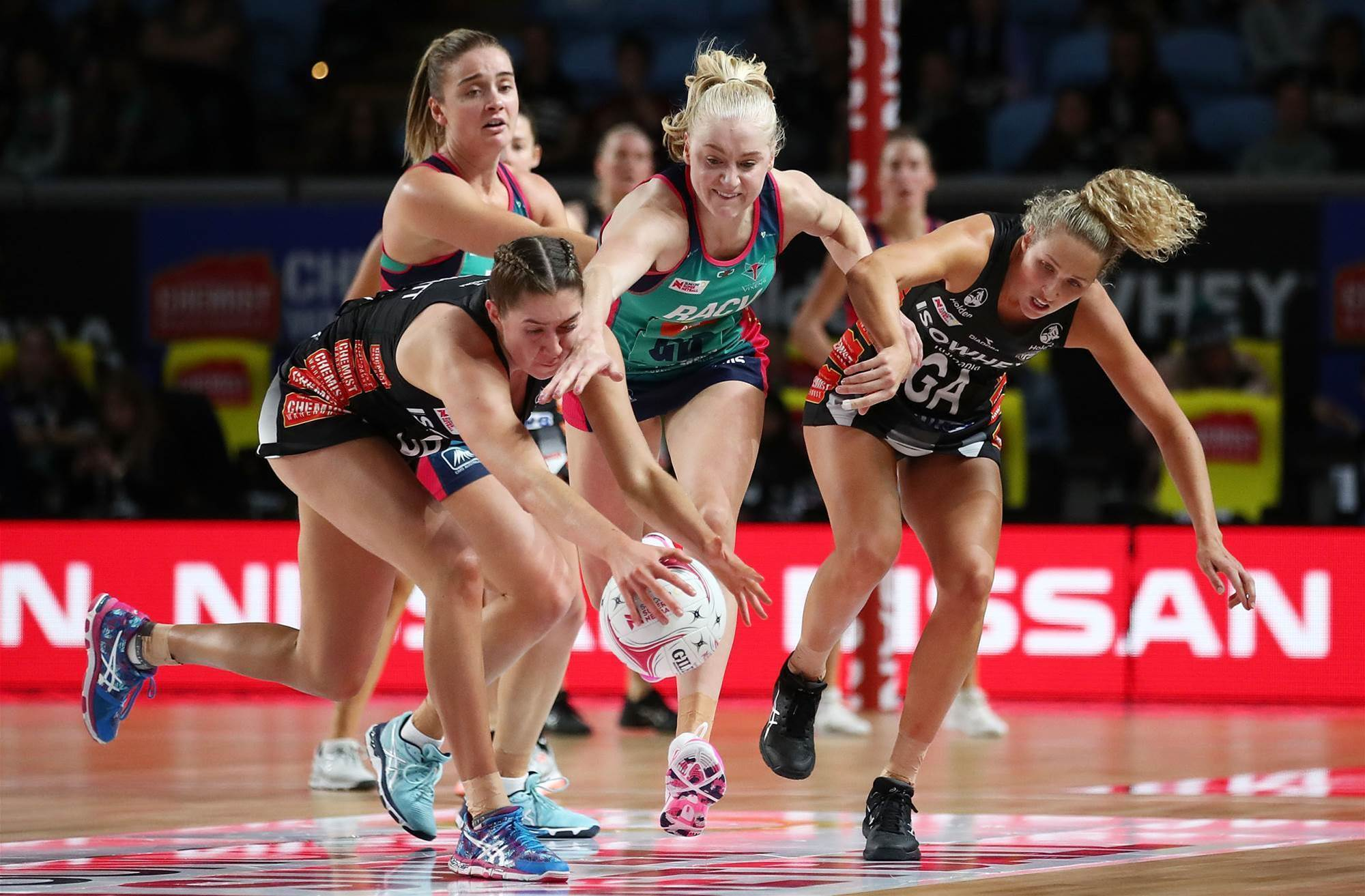 Pic special: Suncorp Super Netball Round 8