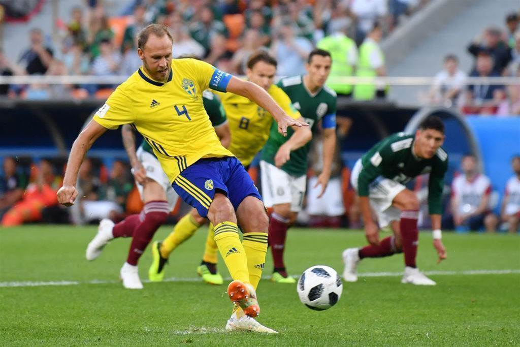 Pic special: Mexico and Sweden reach the round of 16