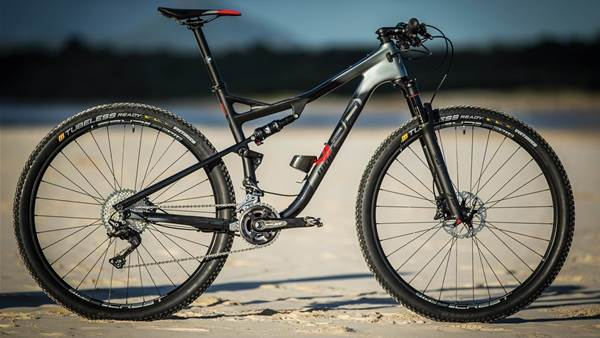 TESTED: Momsen Vipa Race Two